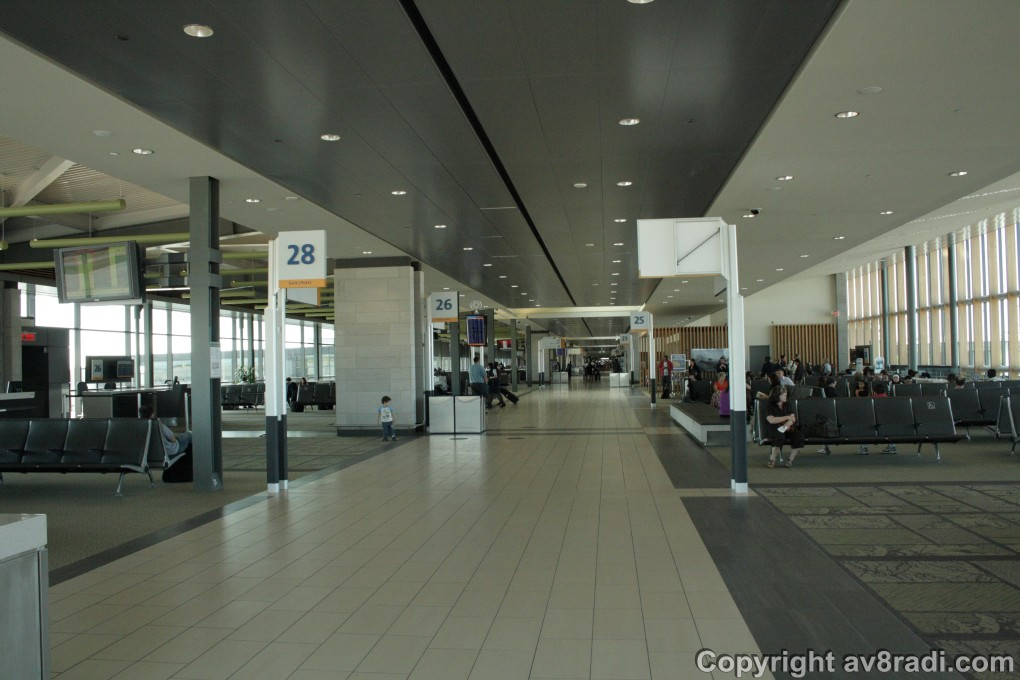 Ottawa (YOW) – overview of the gates and waiting area