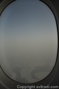 First signs of DXB….WOW hazy day eh?