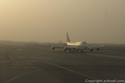 One last look at Saudi's B747, who's now cleared to taxi