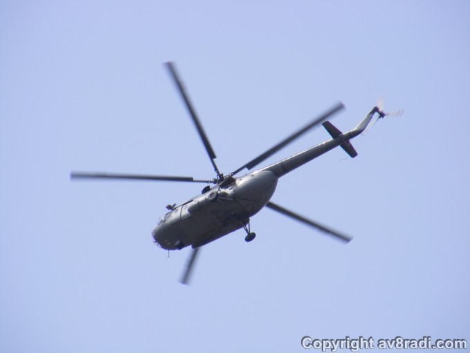 An example of helicopes flying over my building….this is an IAF Chetak (I think!)
