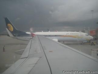 Looks like the Jet Airways (9W) 737 ready to go