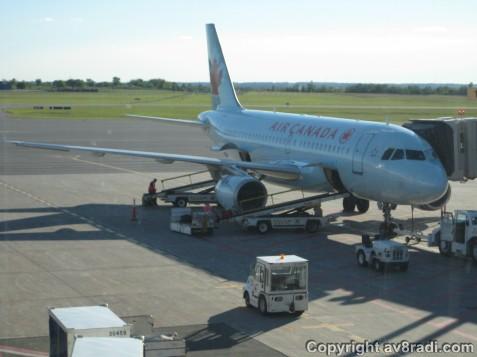 My ride, An Airbus A319 (Reg: C-FYJI)