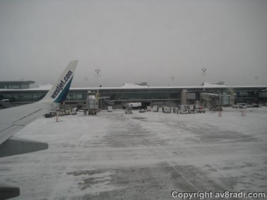 Taxing past the YOW terminal to the de-icing facility